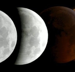 The total eclipse of the moon from the mountain